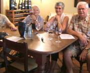 Jan , Anne , Barrie en Piet by die eerste proe.